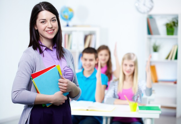 How to Effectively Choose the Right Tuition Teacher?